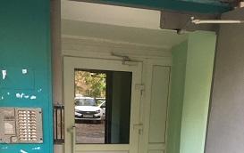 Ремонт тамбура в доме по адресу ул. Крупской, 51а