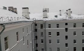 Уборка снега и наледи с кровли дома по адресу ул. Лебедева, 38